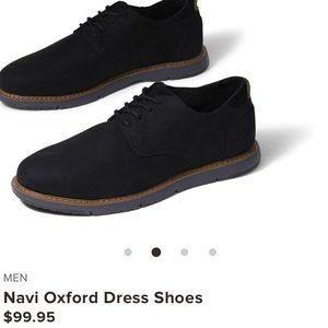 EUC Toms Men's Dress Shoes